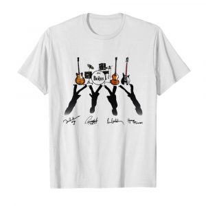 Ludwig The Beatles Band Guitars And Drum Signatures  Classic Men's T-shirt